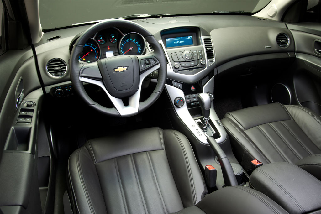 Chevy Cruze interior carro car one