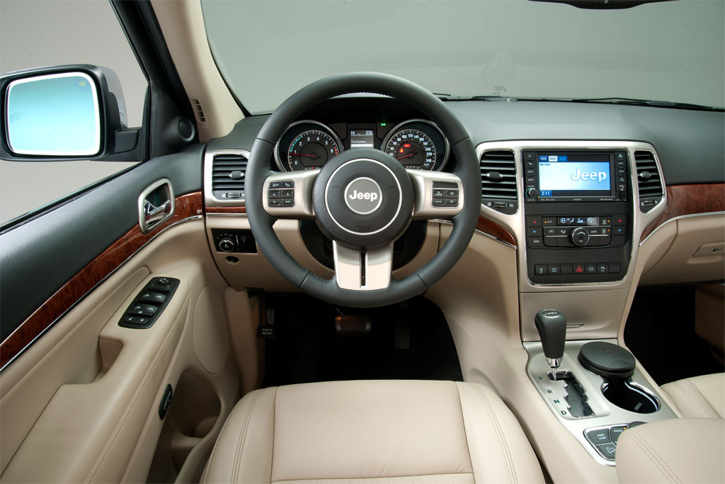 Jeep Cherokee interior car carro SUV